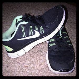 Men's Nike Free 5.0 in great condition 8/10 to me